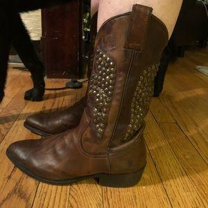 EUC Frye Billy Studded Cowboy Boots